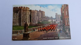 Guard Returning From Windsor Castle Statue Chateau ! 1963  Stamp ! - Buckingham Palace