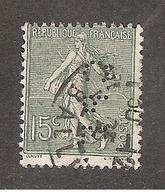 Perforé/perfin/lochung France No 130 CPF Cie Des Pétroles Fanto - Perforés