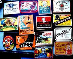 CIDRE 20 ETIQUETTES ANCIENNES 1920/1960 DE NOMBREUSES FABRIQUES ARTISANALES NORMANDES - Labels