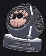 64432-Pin's  -Satellite Russe Photon Ou Foton.espace. - Espace