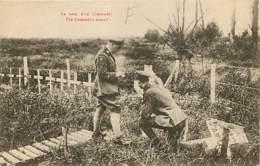 Militaria - Le Nom D'un Camarade - Soldats érigeant Des Croix Dans Un Cimetière Militaire - Animée - Carte Neuve - DOUBL - Cimetières Militaires