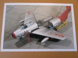 CAGI3 Format Carte Postale Env 15x10cm : SUPERBE (TIRAGE UNIQUE) PHOTO MAQUETTE PLASTIQUE 1/48e MIG-15 A L'ENTRETIEN - Avions
