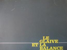 """CINEMA -  Dossier De Presse Du Film """" Le Glaive Et La Balance """" Avec Anthony Perkins / J.C. Brialy / R. Salvatori  - TBE - Pubblicitari"""