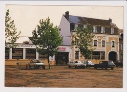 CPSM 76 FAUVILLE EN CAUX Hotel Du Commerce Restaurant Relais Fleuri . Automobiles - France