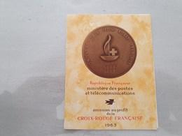 15132       CARNET DE TIMBRES NEUFS FRANCAIS CROIX ROUGE  ANNEE 1963 - Croix Rouge