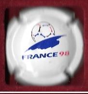 Boisson, Capsule De Champagne Blanche, Sport  Foot - Ball  Coupe Du Monde  FRANCE 98 - Marne Et Champagne