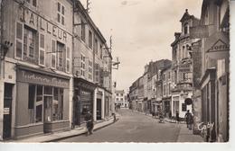 LUCON ( Vendée ) - Rue Georges Clémenceau  PRIX FIXE - Lucon