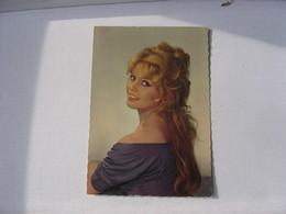 Carte Postale Brigitte Bardot - Attori