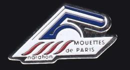 64467-Pin's.Club Des Mouettes De Paris - Natation.Marathon. - Natation