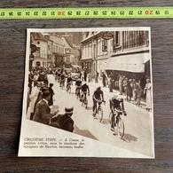 1937 M CYCLISME PASSAGE DU PELOTON A COSNE ENSEIGNE LA BELLE JARDINIERE - Colecciones