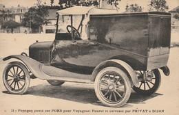 Fourgon Ponté Sur Ford Pour Voyageur. Fourni Et Carrosé Par Privat à Dijon - Turismo