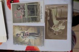 Lot 3 Cartes Fantaisies  Bon Baiser Le Baiser Surpris Doux Souvenir Circule 1909 - Femmes