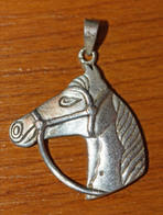 """Joli Pendentif Médaille Argent 925 """"Tête De Cheval"""" Silver Horse Medal - Equitation - Pendentifs"""