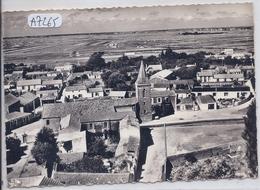 ILE DE NOIRMOUTIER- LA PLACE DE L EGLISE ET LES MARAIS SALANTS- LAPIE 13 - Ile De Noirmoutier