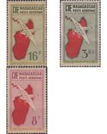Ref. 626433 * HINGED * - MADAGASCAR. 1935. AIRMAIL . CORREO AEREO - Neufs