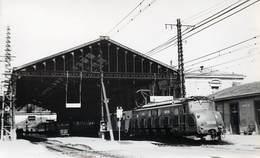 GARE DE NARBONNE - Rapide RA Marseille-Narbonne-Hendaye, Photo Format Carte Ancienne En 1951. - Gares - Avec Trains