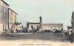 Aigues-Vives            30       Place Emile Jamet             (Voir Scan) - Aigues-Vives