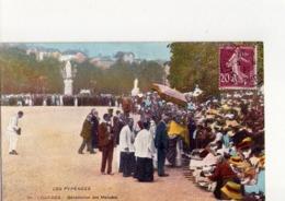 CPA - LOURDES - 56 -  BENEDICTION DES MALADES - N° 111 - - Lourdes