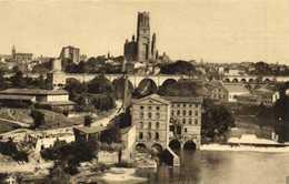 CATHEDRALE D'ALBI  Vue De La Ville à L'Ouest  Les Moulins Du Tarn Le Viaduc Du Che'min De Fer La Cathedrale Et Le Donjon - Albi