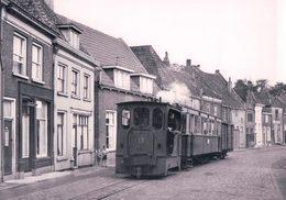 Pays-Bas, Geldersche Tramwegen, Train à Doesburg Beergstraat, Photo 1956 BVA GTW 596.6 - Eisenbahnen
