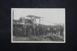 FRANCE - Belle Carte Photo D'un Groupe D'ouvriers Avec Une Machine à Vapeur - L 59041 - A Identifier