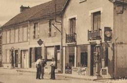 23 VIEILLEVILLE -  RUE De  BENEVENT  , L 'ABBAYE  (  Les Pompes à Essence ) - Francia