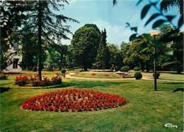 47 - Tonneins - Le Jardin Public - Fleurs - Voir Scans Recto-Verso - Tonneins