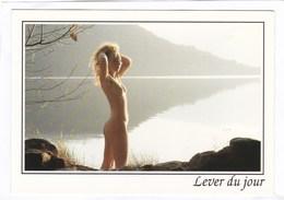 CPSM.  15 X 10,5  -  Au Petit Matin Calme  -  Lever Du Jour - Altri