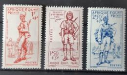 A.E.F. / YT 87 - 89 / SOLDAT - GUERRE - UNIFORME - MILITAIRE - MILITARIA - TIRAILLEUR - ARTILLEUR / NEUFS ** / MNH - Unused Stamps