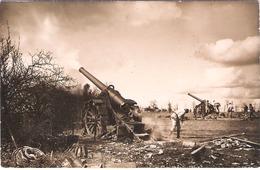 Carte Photo Pièces D'artillerie En Action - 1914-18