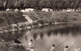 CPSM - 45 - MEUNG SUR LOIRE - La Pêche Et Le Camping Au Bord De La Loire - Pêcheurs - Altri Comuni