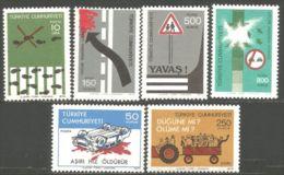 890 Turquie Traffic Safety Sécurité Routière MNH ** Neuf SC (TUR-84c) - Autos