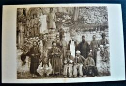 CPA Irak - Mar Yacoub - Mission Dominicaine De Mésopotamie - Groupe D'habitants - Lieux Saints