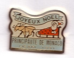 RR187 Pin's Père Noel Union Commerçants Artisans Principauté De Monaco UCAM Achat Immédiat - Navidad