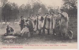 CPA Leu Mouleute De Pasquous - Fête Des Bergers Landais Dans La Lande - Après Le Repas - Le Rondeau (très Belle Scène) - Non Classés