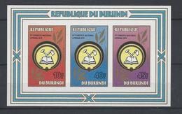 BL114 ** - 1980-89: Neufs