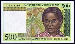 Madagascar 1998 500 Francs UNC Neuf New Voir Autre Vente 2 Billets Série - Madagascar