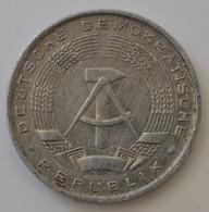 GERMANIA 10 PFENNIG 1968 - [ 6] 1949-1990 : RDA - Rep. Dem. Alemana