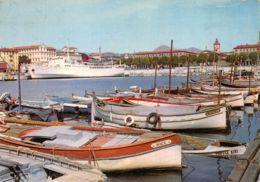 Nice (06) - Le Port - Au Fond Le Napoléon - Courrier De La Corse - Non Classés
