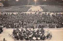 78. SAINT-GERMAIN-EN-LAYE - N°67210 - Public Assistant à Un Concert - Carte Photo - St. Germain En Laye