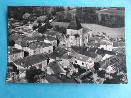 16 : SAULGON : VUE AERIENNE , Le CENTRE Et L'EGLISE , CPA , En Bon état - France
