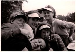Photo Originale Portrait D'un Groupe D'Adolescentes Délurées Vers 1960/70 - Casquette & Visières Carton - Pin-up