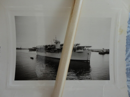 NAVIRE BATEAU PORTE AVION LE DIXMUDE A CASABLANCA EN 1951 10.8 X 8 CM - Bateaux