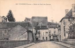 Vivonne (86) - Mairie Et Pont Des Carmes - Vivonne