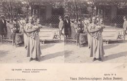 VUES STEREOSCOPIQUES JULIEN DAMOY - 12 Paris - Jardin D'Acclimatation - Femme Achanti - Stereoscope Cards