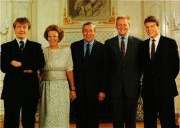 CPM AK La Famille Royale DUTCH ROYALTY (813927) - Familles Royales