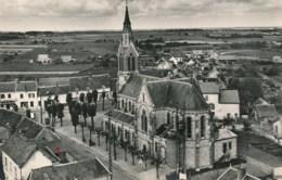 45 - En Avion Au Dessus De VIENNE En VAL - L'Eglise  */CPSM/* - France