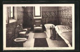 CPA Vichy, Une Cabine De Bains De L'Etablissement Thermal - Vichy