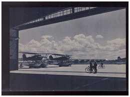 DT- Reich (008996) Propagandakarte Flughafen An Der Ostsee, Die Tore öffnen Sich Die Flugzeuge Stehen, Ungebraucht - Germany