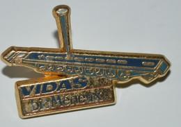 Rare Pin's Arthus Bertrand Vidas BIo Mérieux - Arthus Bertrand